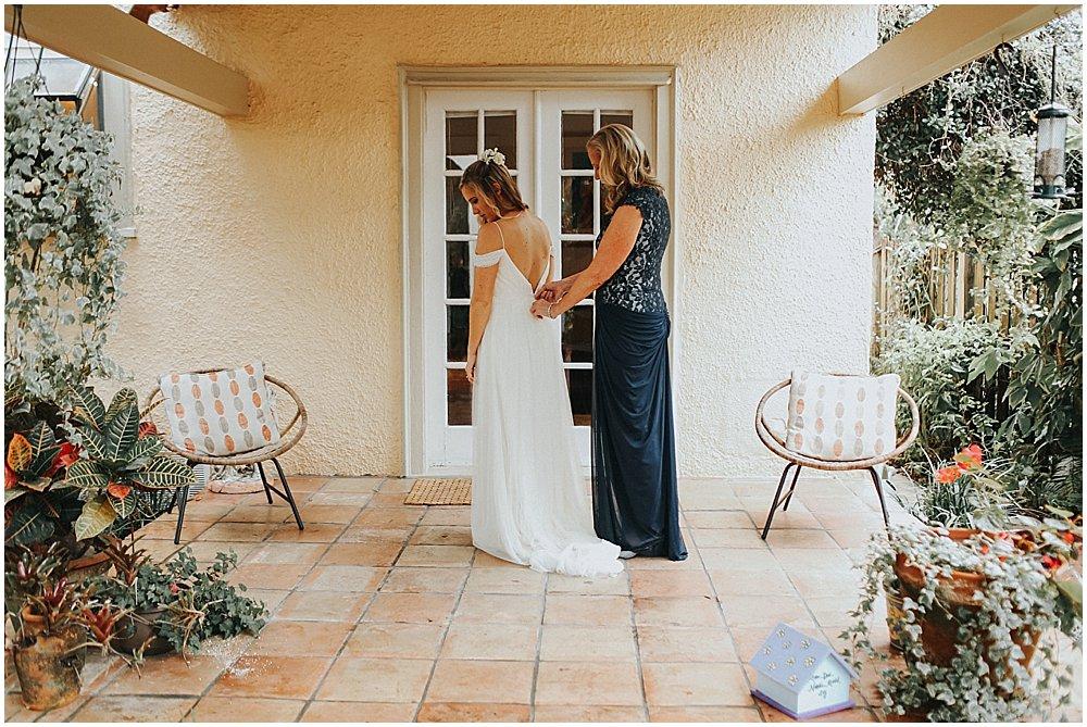 mother-bride-getting-ready-florida-wedding