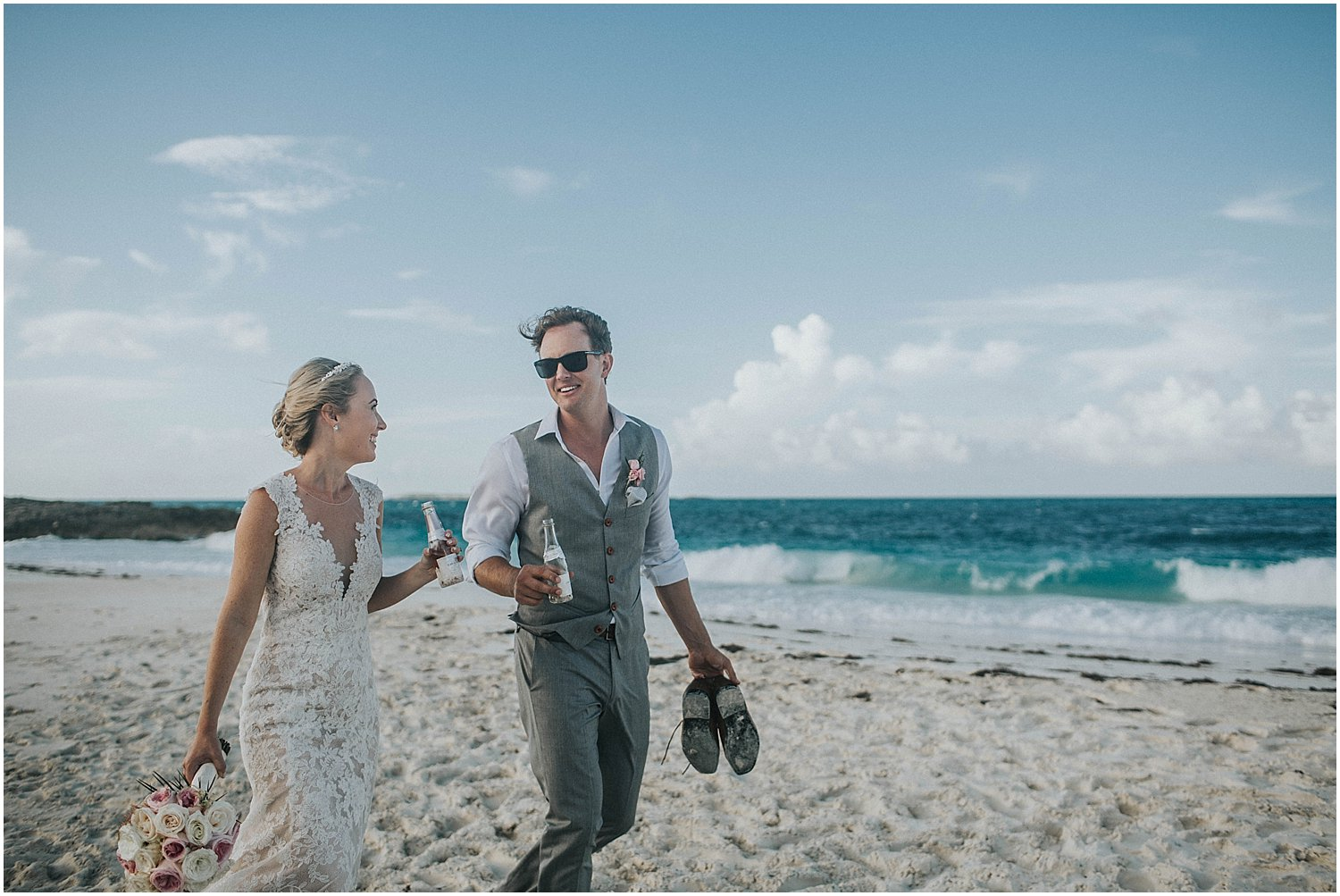 bride and groom in the bahamas