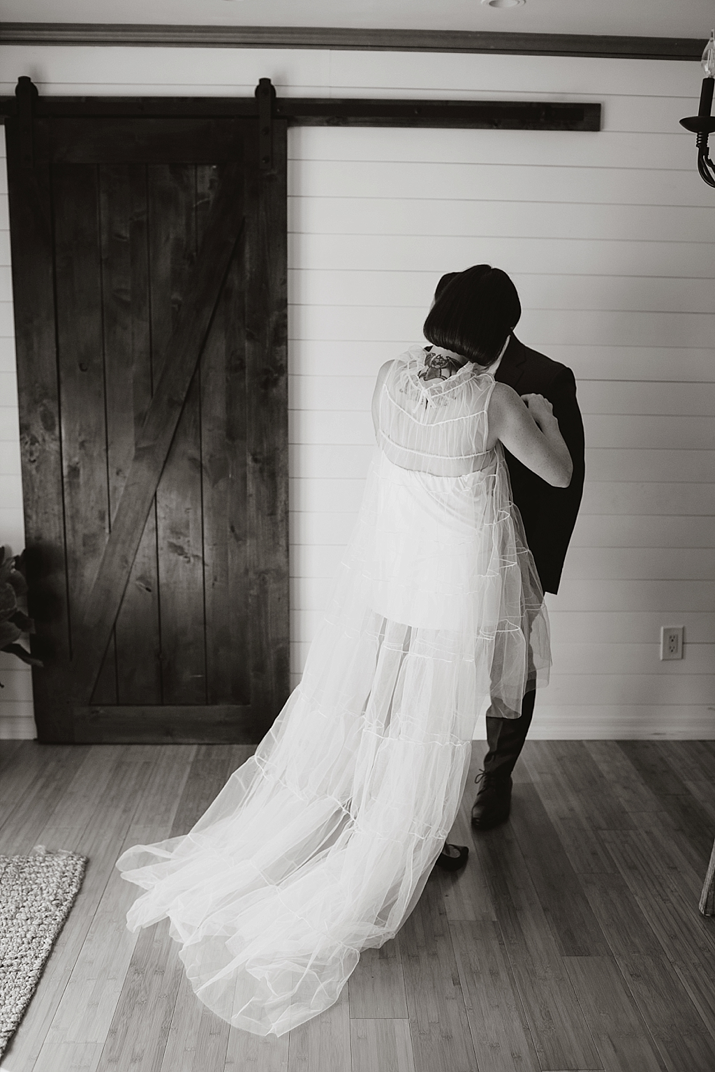 quiet moments before getting married