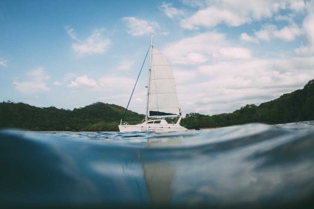 costa-rica-catamaran