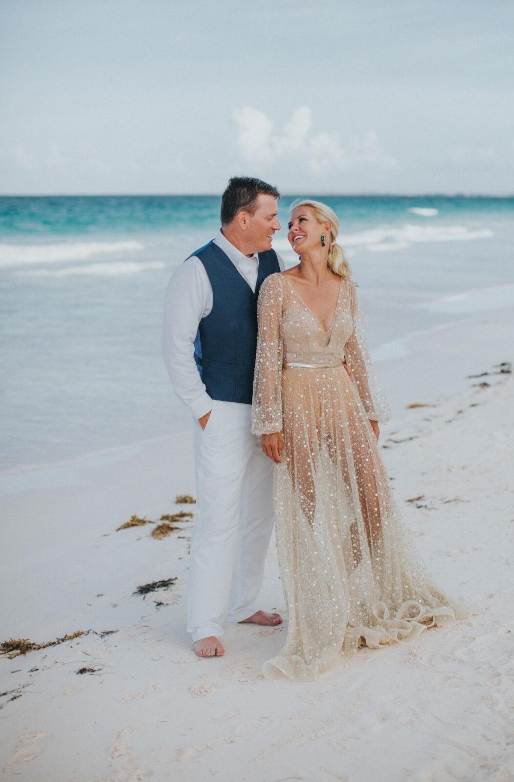 intimate bahamas wedding