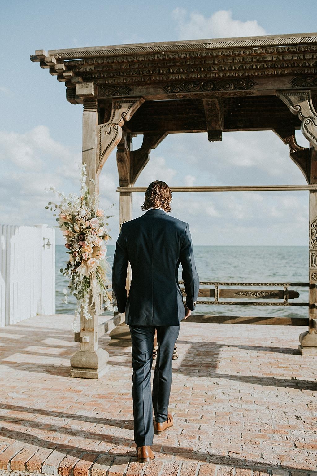 florida keys tropical beachside wedding